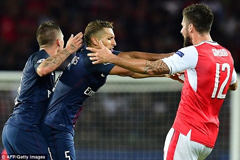 Giroud arsenal PSG