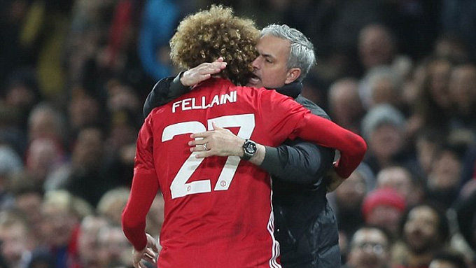 Fellaini vs Mourinho