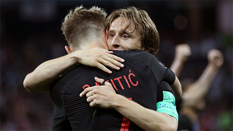 Modric vs Rakitic